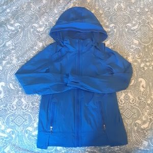 Lululemon size 4 blue jacket